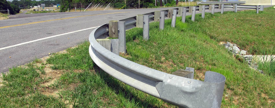 Guard rails and guardrail barrier for security highway